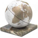 Földgömb - fehér színű, márvány talpon álló, 22 cm átmérőjű