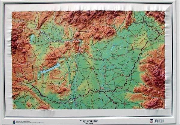 magyarország térkép domborzat Magyarország domború térkép   A Lurdy Ház Térképbolt,Tel:456 05 61  magyarország térkép domborzat